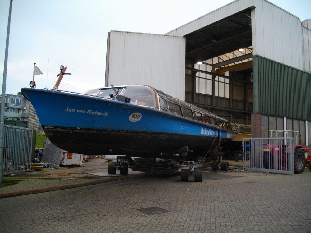 rondvaartschepen-verbouw-riebeeck2