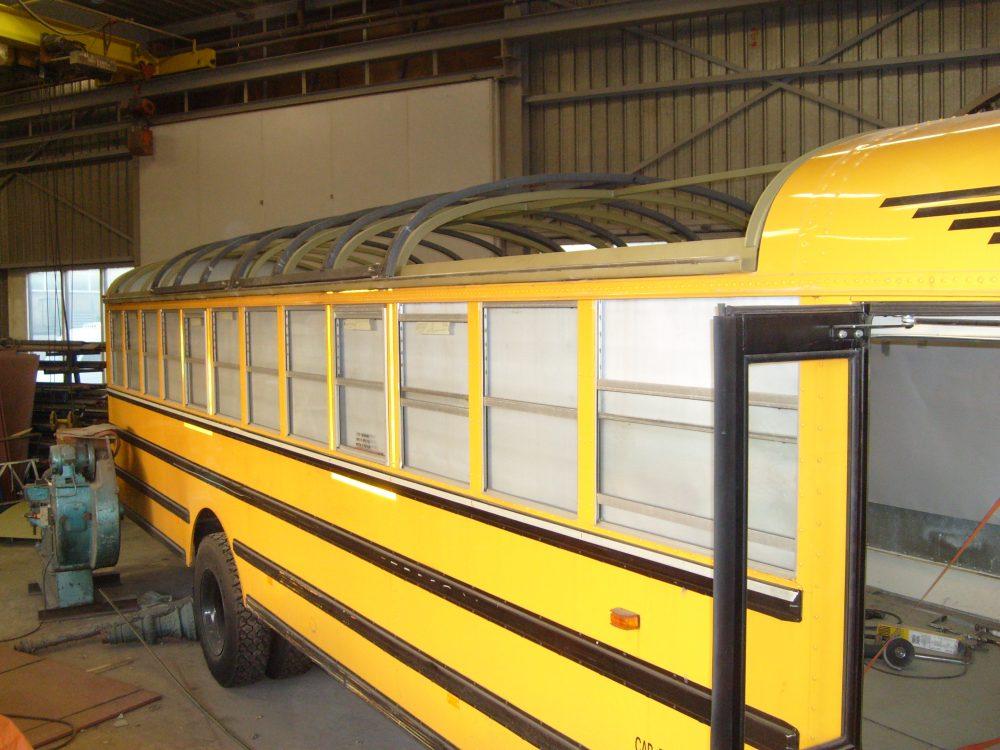 staal-contructies-schuifdak-schoolbus4